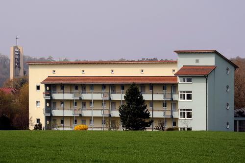 Betreutes Wohnen, Altenwohnheim in Unterlauchringen