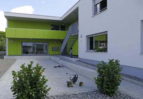 Flüchtlingsheim Industriestraße 33b