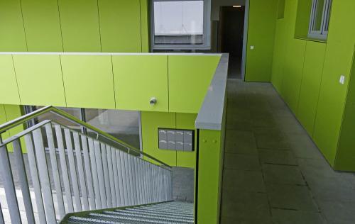 Aufgang zum ersten Stock der Unterkunft