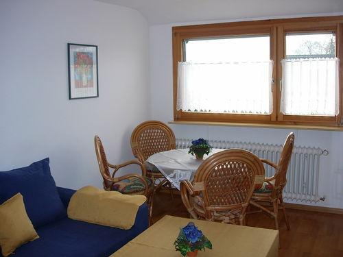 Ferienwohnungen Burgblick - Wohnzimmer mit Sitzecke DG