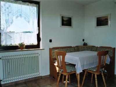 Ferienwohnungen Burgblick - Essecke 1 OG