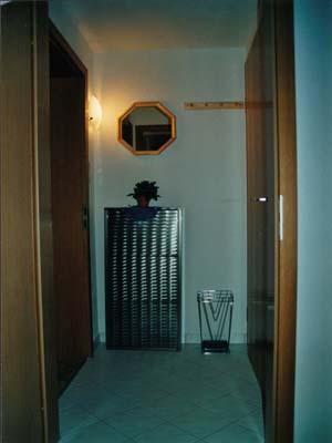 Ferienwohnungen Burgblick - Garderobe DG