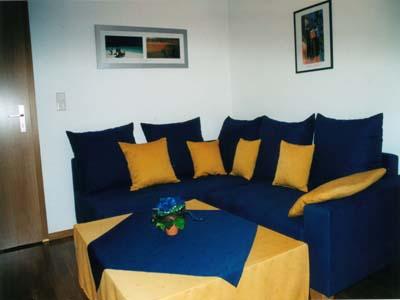 Ferienwohnungen Burgblick - Wohnzimmer DG